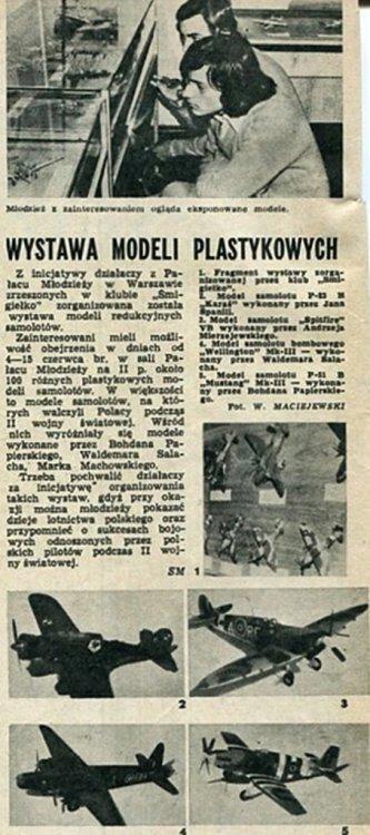 wystawa klub śmigiełko.Modelarz  8.1975.jpg