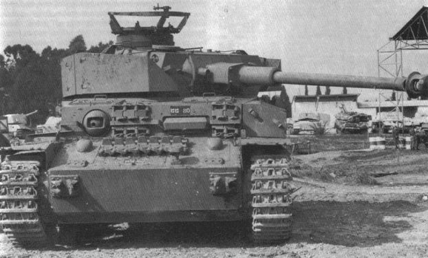 panzer4captured.jpg.a5a42afabc86fa587e7232311e4ab41d.jpg