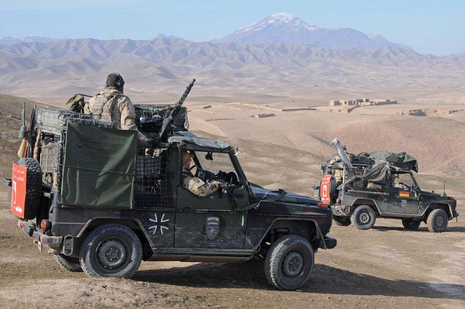 German_observation_team_in_Afghanistan.jpg.cb5ac1b80e11a4d62051ddafd4cd66a6.jpg