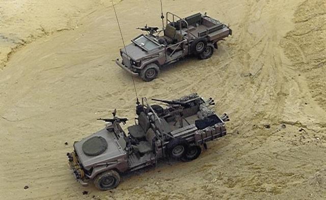 LC75darkgreenmilitary2.jpg.78f19657ea352cc5bfb9f02efbb5e568.jpg