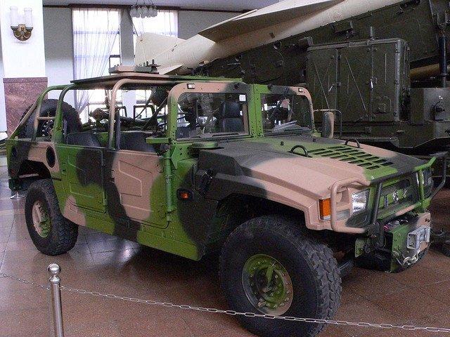 1422366545_Dongfeng_EQ2050_military_museum_Bejing.jpg.f60863f100dcae975b4ed3cac5c42cef.jpg