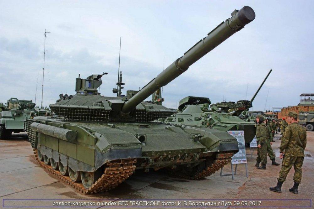T-90M_DEN_TANKISTA_LUGA_170909_05.JPG