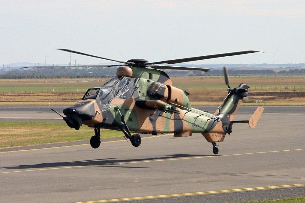 Royal_Australian_Army_Eurocopter_EC-665_Tiger_ARH_Vabre.jpg