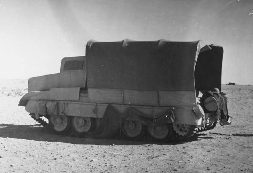 Crusader_tank_camouflage_North_Africa_1942.jpg