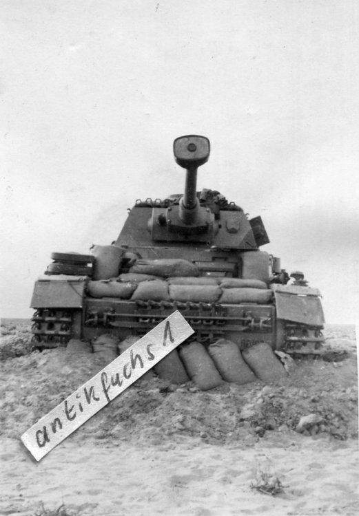 120146166_PanzerIVG15PZ.Divpodobnomaj-czerwiec1942_1.thumb.jpg.ac33db5a26181bb64c4303e5c05a468f.jpg