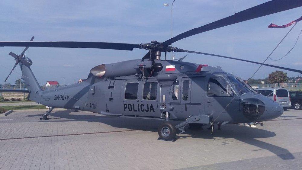 ,Policyjny-S-70i-Blackhawk.jpg