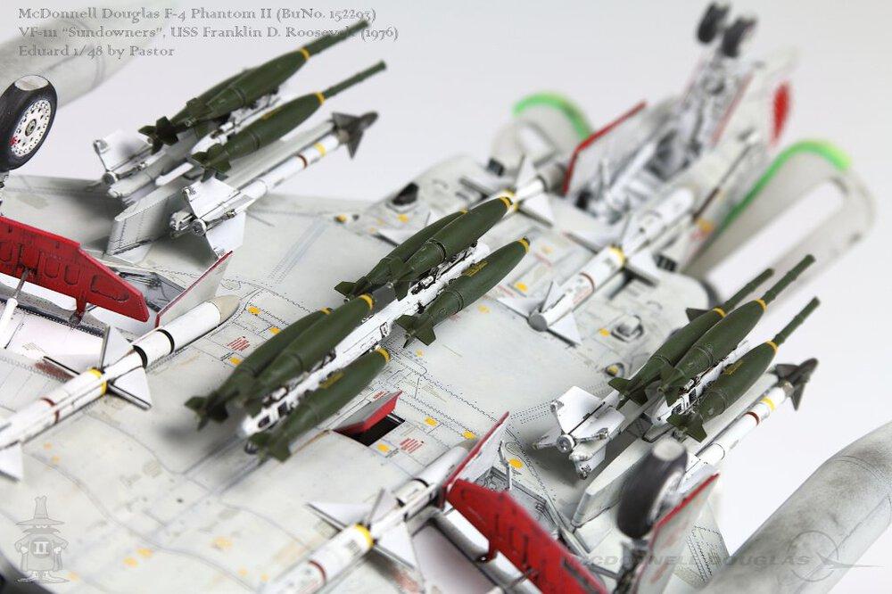 F-4N_026_p1024.thumb.jpg.1003952ef12f91fbafd6cea9a995e852.jpg