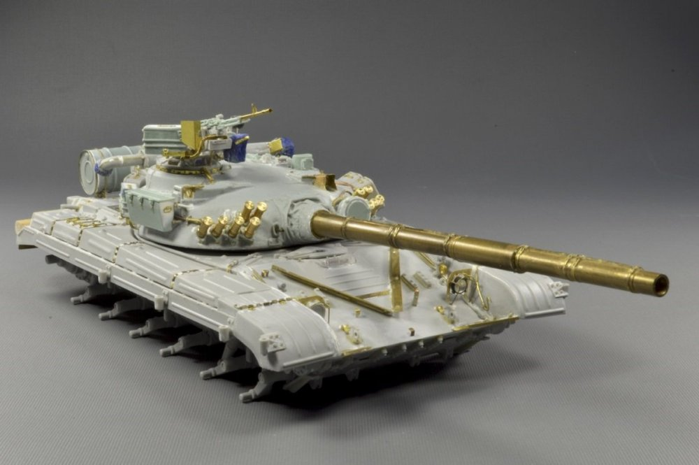 1179087487_Ukraina.T-64A.model(8)1979.thumb.jpg.559aa67767b458d663ff789f580f7c83.jpg