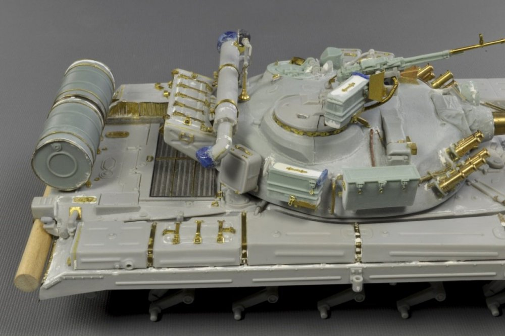 1354161730_Ukraina.T-64A.model(20)1979.thumb.jpg.5c68eb060007358e9f0479bed8f8624f.jpg