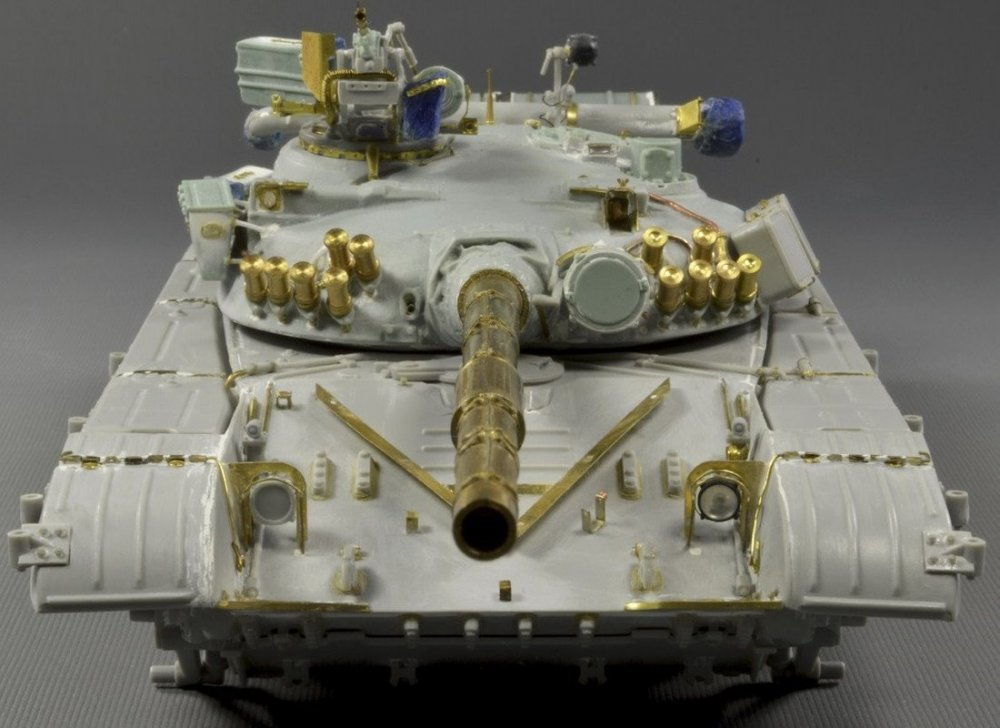 1663469751_Ukraina.T-64A.model(7)1979.thumb.jpg.07fa4a2a12773c01392afed381afd4f7.jpg
