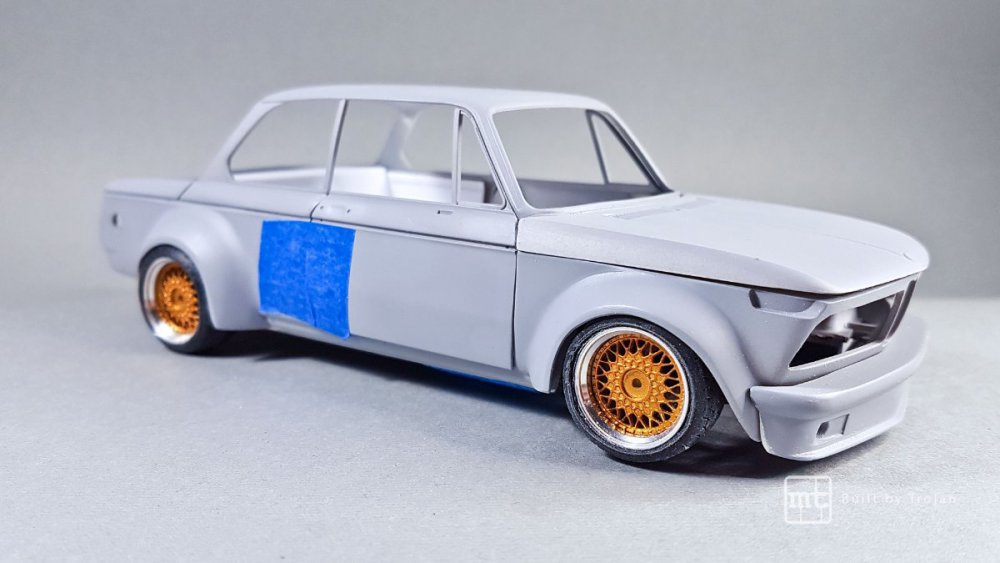 BMW-2002-Hasegawa-fot50.thumb.jpg.06940f694a16b39a2caaa0b851b954f9.jpg