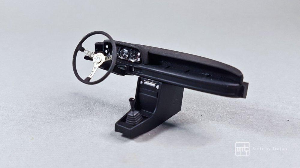 BMW-2002-Hasegawa-fot66.thumb.jpg.da7c9964e585e8189614d1c1d2dc7ce2.jpg