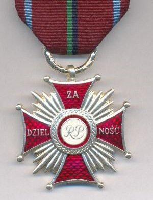 medal.jpg.beefaa38e41333a7aa77640b96a33a6f.jpg